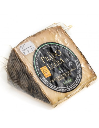 Hard Sheep Cheese coated in rosemary - Prado de Llera